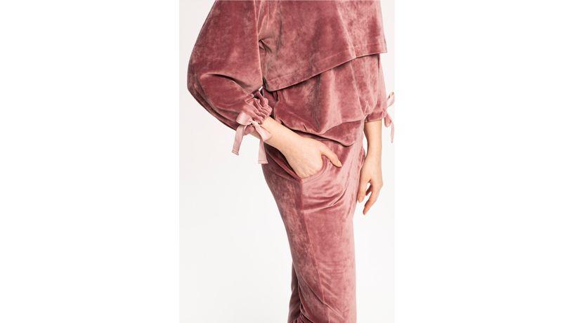 kurs-online-szycia-bluzy-i-spodni-dresowych-damskichkurs-online-szycia-bluzy-i-spodni-dresowych-damskich